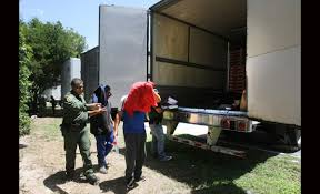 Police: 16 Immigrants Locked Inside Rig At Texas Truck Stop - Naples ...