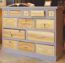 caisse a vin en bois réalisez diy votre meuble en recyclant des caisses en bois
