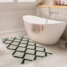 moderne badematte mit rauten design hochflor badteppich in creme schwarz