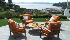 How to Create a Wel ing Outdoor Living Space