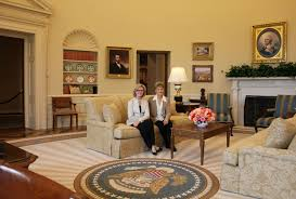 Resolute Desk Replica Plans by Recreating The Oval Office At The George W Bush Presidential