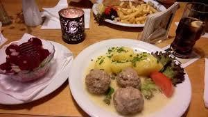 uriges restaurant mit deutscher küche schildkröte berlin