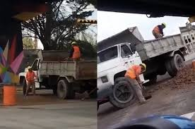 Hilarious Video Of Two Construction Workers Shoveling Soil In Argentina Petite Woman Driving Giant Truck Video Ice Cream For Children Kids 2019 New Western Star 4700sf Dump Walk Around Sale Amazoncom Monster Destruction Appstore Android Garbage Videos Cartoons For Best Image Kusaboshicom Video Truck Examined After Worker Injured Dtown Ambulance Coub Gifs With Sound Mobile Gaming Theater Parties Akron Canton Cleveland Oh Saudi Man Arrested Jumping In Front Of Fire Engine Station Compilation