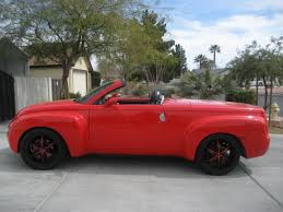 2004 Chevrolet Ssr Photos, Informations, Articles - BestCarMag.com