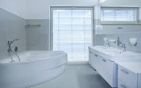 sauber und günstig das bad renovieren bauen und wohnen in