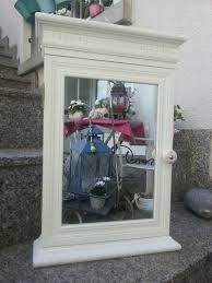 spiegelschrank wandschrank schlüsselkästchen