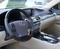 des conseils pour nettoyer l intérieur de sa voiture points12