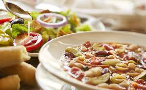 Soup Salad & Breadsticks bination