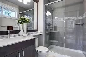 wanne zur dusche umbauen wichtige hinweise anleitung tipps