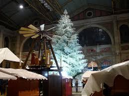 The Swarovski Crystal Christmas Tree In Zurich Train Station