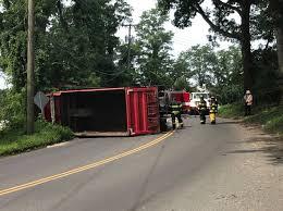 100 Dump Truck Crash Truck Crash Injures 1 Closes Danbury Road FOX 61