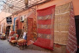 les tapis le cuir couleurs traditions
