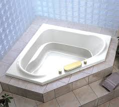 Jetted Bathtubs Small Spaces by Perfect Corner Bathtubs In Small Space U2014 The Homy Design