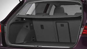 dimensions seat st 2017 coffre et intérieur