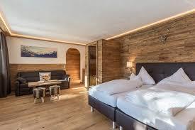 neue chalet style suite mit infrarotsauna 42m hotels zur