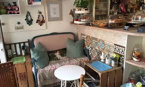 kuchen oder gebäck mit kaffee nach wahl für 2 oder 4 personen im zimtzicke café wohnzimmer bis zu 47 sparen