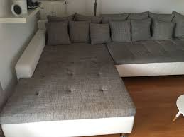 ecksofa in grau weiß