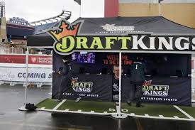 Daily Fantasy Confronts A New Reality - WSJ Armchair Quarterback Definition 4 Steps To Establishing A Rock The Ray Stevens Youtube Kicken 4k Inferno With Lots Of Armchair Quarterbacks 975 Overall Height Fantasy Football Trophy Wiktionary Pink Kids Smarthomeideaswin Champion Award Should Giants Trade Up In Round Of R N B Hour On Twitter Episode 21 Quarterbacks
