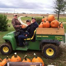 Goebberts Pumpkin Farm Haunted House by Don U0027t Miss These 10 Great Pumpkin Patches In Illinois