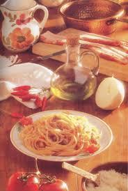pates a l amatriciana bucatini all amatriciana pâtes spécialité avec viande de rome