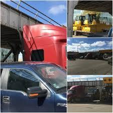 100 Stuck Truck Truck Under Pierre Bridge News KELO Newstalk 1320 1079