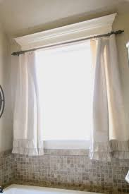 Kitchen Curtain Ideas For Small Windows by Best 25 Bathroom Window Coverings Ideas Only On Pinterest