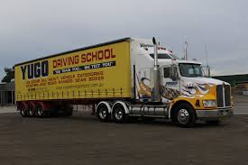 100 Online Truck Driving School A Heavy Rigid Licence Whats In It For You Yugo