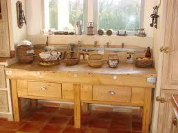 billot cuisine un vieux billot dans la cuisine 12 photos decoenprovence