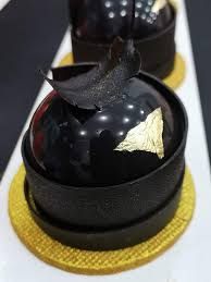 best chocolate cake home delivery in vadodra kolkata cake