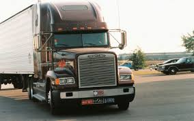 100 18 Wheeler Trucks Self Driving Autonomous What You Need To Know