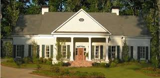 Neoclassical House The Neoclassical House Symmetry Simplicity And Order
