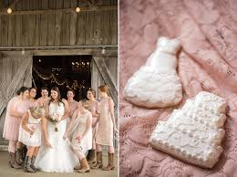 Ivory Door Studio Blog•A June Wedding At Cactus Creek Barn - Ivory ... Ivory Door Studio Bloga June Wedding At Cactus Creek Barn Josias River Farm Cape Neddick Maine Photographer The Prettiest Spring Pastels Whimsical Woerland In Chapel Hill Big The Mountains Of Lexington Va Manor Venue Rising Sun Md Weddingwire Inspiration With Luxe Details 7 Decoration Ideas For A Blush Pink Gown And Leather Jacket For A Lovely All Seasons Hazel Gap