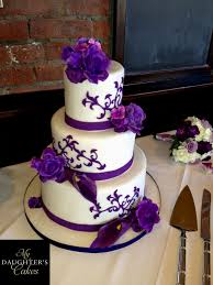 Round Wedding Cakes With Purple Flowers