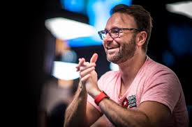 Tony Miles Leads Way As WSOP Main Event Down To 3 Las Vegas Review