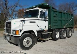2001 Mack CH613 Dump Truck | Item J8675 | SOLD! December 29 ... Opdyke Inc Cat Excavator Lift Dirt Turns Right And Drops Into Dump Truck Slow Different Types Of Dump Trucks Or New Truck Also Tool Box Plus 2001 Mack Ch613 Item J8675 Sold December 29 Dump Trucks For Sale Griffith Equipment Houstons 1 Specialized Used Dealer Have You Considered A Trac Lease For Your Fleet Bergeys Centers Peterbilt In Odessa Mo For Sale On Buyllsearch 2017 Kenworth T300 Heavy Duty 16531 Miles Saleporter Sales Houston Tx Youtube Freightliner