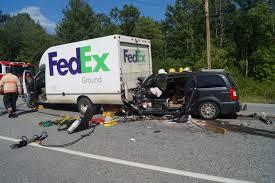 100 Fedex Truck Wreck Crash Nashville Wwwtopsimagescom