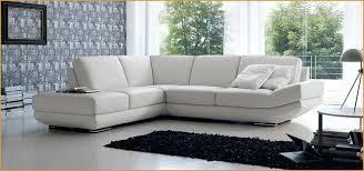 comment nettoyer canapé comment nettoyer canapé en cuir blanc élégamment ment nettoyer un