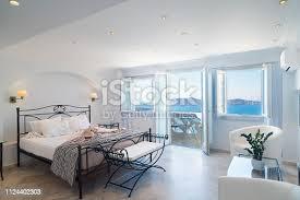 griechisches schlafzimmer bilder und stockfotos istock