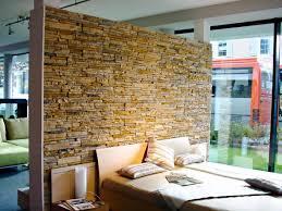 wände im naturstein look natursteinwand natursteine wohn