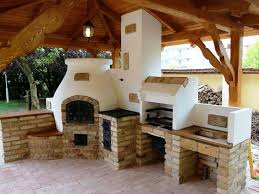 This is the way to do an outdoor kitchen correctly Wood fired