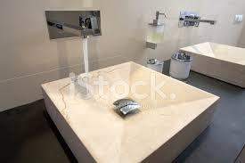 luxus badezimmer waschbecken xxxl stockfotos freeimages