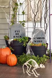 Halloween Graveyard Fence Ideas by 30 Scary Outdoor Halloween Decorations Best Yard And Porch