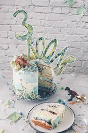 semi cake dino geburtstagstorte selbermachen