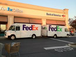 FedEx Is Hiring; Expects Record Number Of Shipments This Holiday Season