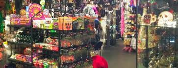 Rickys Halloween Locations Queens by The 15 Best Places For Costumes In New York City