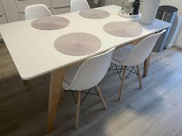 tischgruppe esstisch 4 stühle eames chair skandinavisch