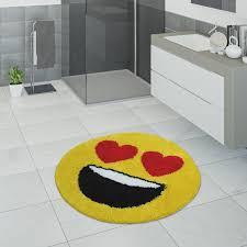 badematte kurzflor teppich für badezimmer mit herzaugen smiley in gelb