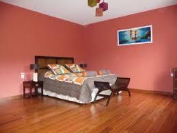 couleur chaude pour une chambre chambre couleurs chaudes les salles de bain en faence de couleurs