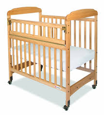 Peapod Plus Baby Travel Bed by Baby Crib Choices For A Grandparent U0027s House