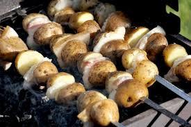 pomme de terre en robe de chambre au four pommes de terre au barbecue